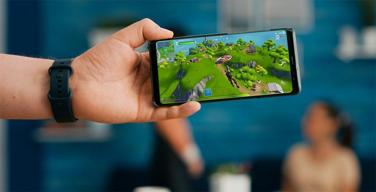 Mobile platform to choose for multiplayer game?